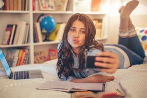 social-media-teens-730×400